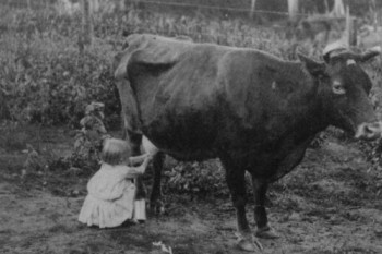 10 Times History Proves You're a Better Mom Than Your Great-Great Grandmother